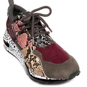 Brand new Steve Madden Tennis Shoes